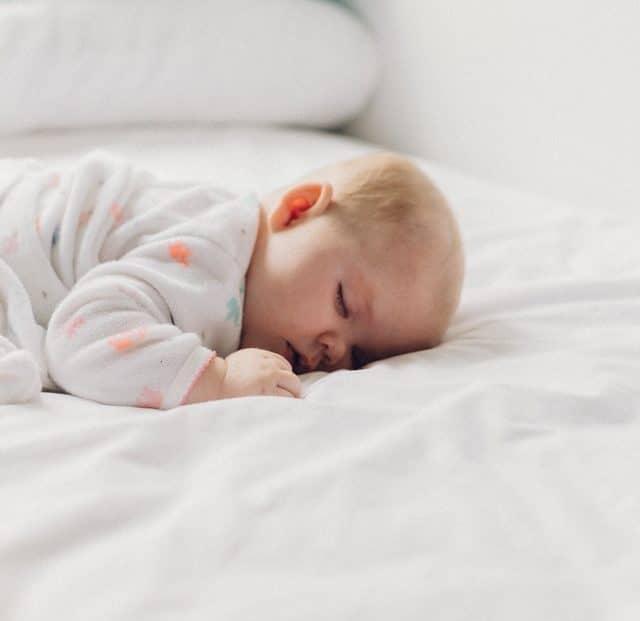 Canciones para dormir al bebé - Mensajes Mágicos